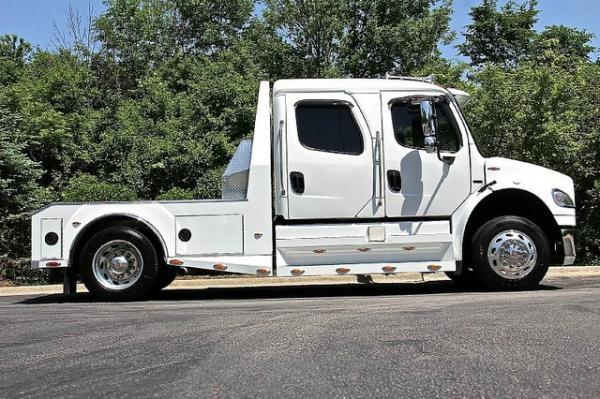 2007 Freightliner SportChassis M2