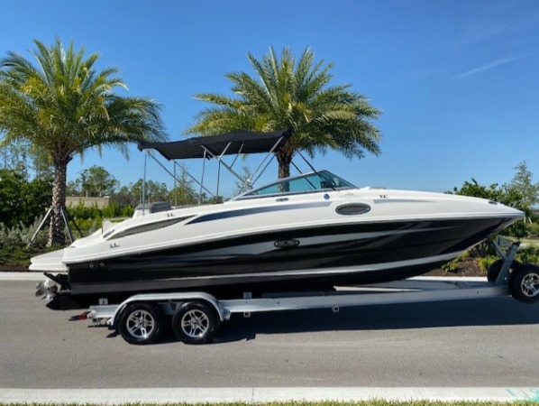 2011 Sea Ray 260 Sun Deck