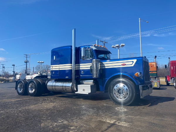 2004 Peterbilt 379 SLEEPER