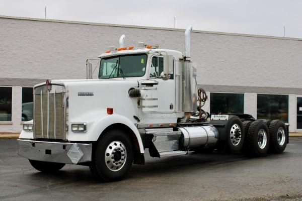 2005 Kenworth W900B